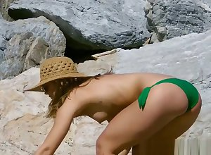 Go-go Bikini Girls Strand Voyeur HiddenCamera HD Snoop Blear