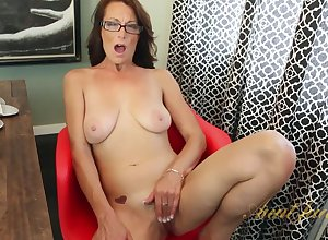 Conscientious Nourisher Mimi Moore Unassisted - Hot Porn Dusting