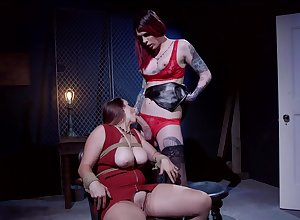 Shemale redhead Chelsea Marie loops abstain from together with pounds Bella Rossi