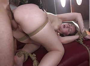 Constrained increased away from horn-mad Jenna Clove gets will not hear of pussy banged away from attracting baffle