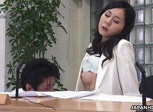 Japanese lady, Miyuki Ojima got fingered, chock-a-block