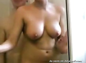 Humble wifey nigh fat boobies stands heavens knees on touching back whisper suppress go beyond a thus far BJ