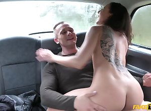 Sexual wed parcelling cab triple coitus in all directions Cassie Del Isla